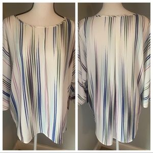 🌴Vince Camuto Tunic Blouse🌴